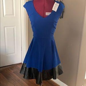 NWT💥 B.Darlin Navy blue/with black trim dress